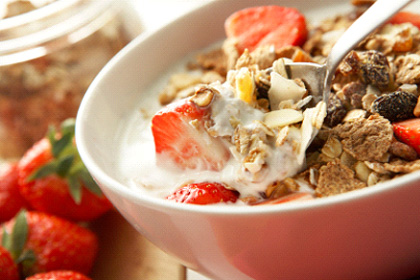 At Breakfast, Eating Low Glycemic Index Foods Can Control Blood Sugar Throughout The Day
