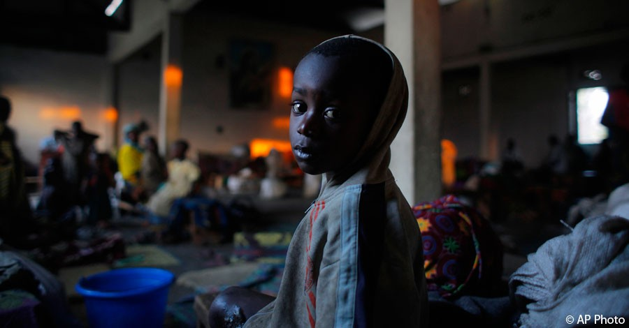 A internally displaced Congolese child sits in the church where he and others found refuge on the outskirts of Goma, eastern Congo, Aug. 3, 2012. [AP File Photo]
