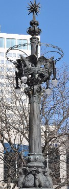 Soldiers and Sailors Monument lights