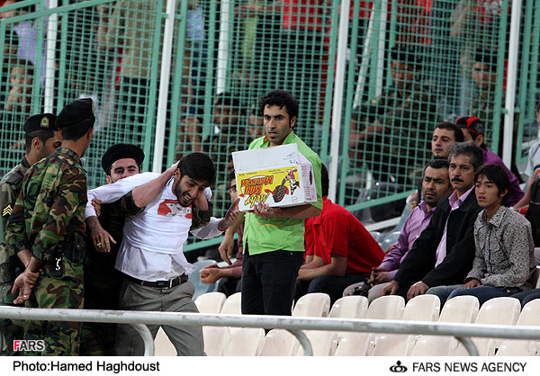 در حاشیه دیدار تیم های فوتبال پرسپولیس تهران و الاتحاد عربستان