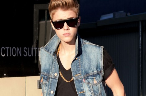 Bieber:  'F*** Bill Clinton'!