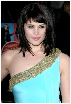 Gemma Arterton breast stretch marks Magic or Massage   How do celebrities get rid of stretch marks?