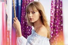 Taylor Swift Rules Billboard.com's 2013 Mid-Year Music Awards