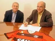 O presidente do consórcio, João Borba, e o presidente do Flamengo, Eduardo Bandeira de Mello Foto: Divulgação / Flamengo