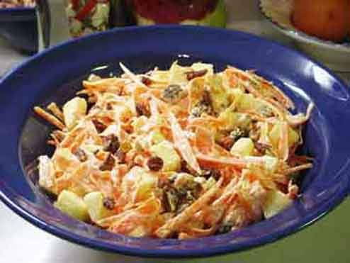 Carrot Salad with Apple & Pecans