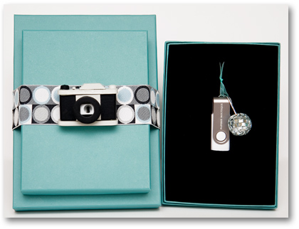 HB Photo Packaging Flash Drives