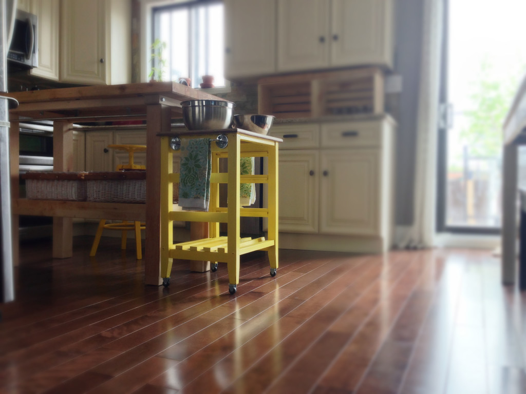 DIY mini kitchen island yellow- 20