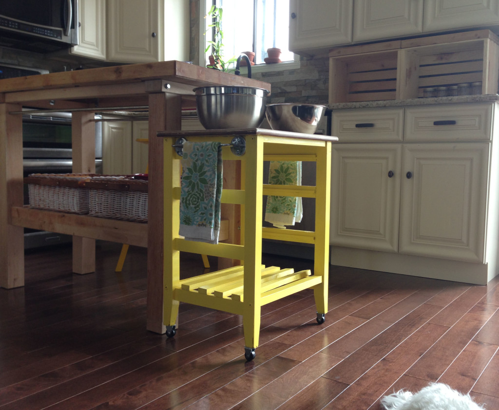 DIY mini kitchen island yellow