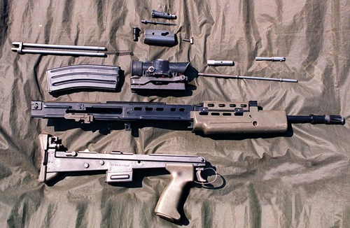 SA-80_rifle_stripped_1996