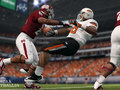 EA cancels 2014 college football game, settles lawsuits with former players Thumbnail