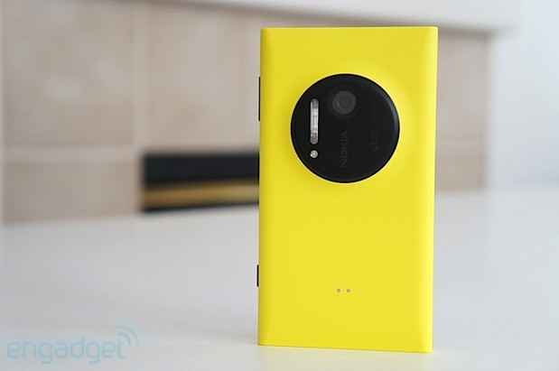 Nokia Lumia 1020 and 625 launch in Canada