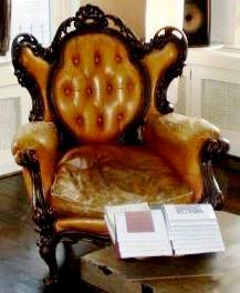 Barok stoel oude leren bekleding