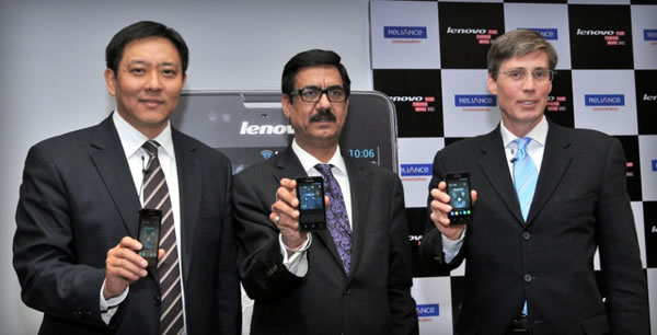 From left: Liu Jun, President, Lenovo Business Group, Gurdeep Singh, President & CEO - Wireless Business, RCOM, JD Howard, VP-WW Business Development, Lenovo