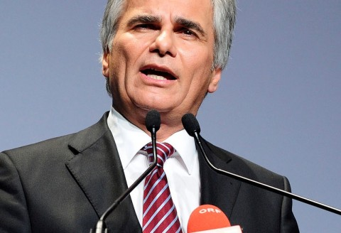 Austrian elections: No clear winner as new parties gain
