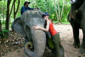 Elephant Village (Desa Gajah) - Pattayahttp://i669.photobucket.com/albums/vv56/leszaoh/PattayaElephantVillage.jpg