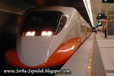97 10 Kereta Tercepat di Dunia