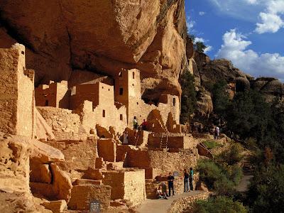amazing-vista-of-mesa-verde-national-park-in-usa