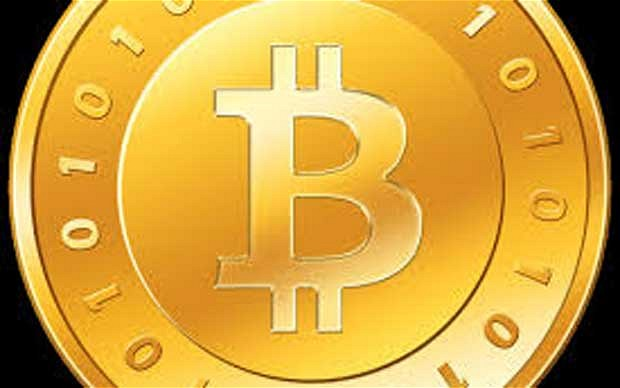 US authorities are examining the use of virtual currencies such as Bitcoin amid fears that Americans are using them to evade taxes.
