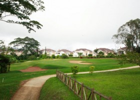Colombia offers visitors over 50 challenging and entertaining golf courses.