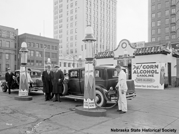 Coryell gas station, Lincoln, Neb., 1933