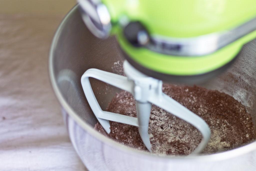 Cake mix a-mixin'