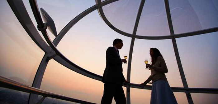 Love and wine on the London Eye this Valentines Day