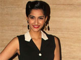 sonam kapoor thanks fans as she completes six years in bollywood