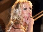 MTV Buzzworthy: Awkward Photos Of Celebs Blowing Kisses