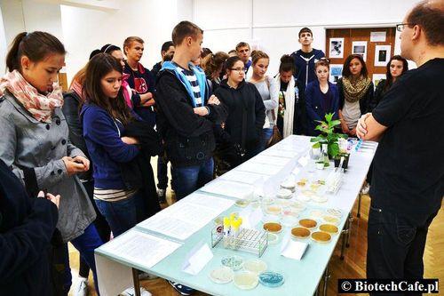 Genetyczne Zoo w Biotech cafe podczas XVI Festiwalu Nauki