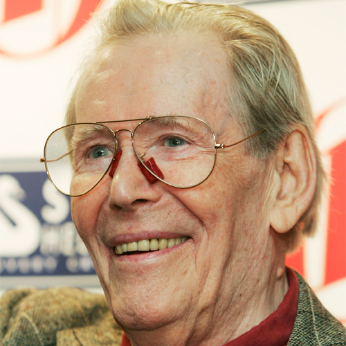 Peter O'Toole, one of the greatest actors to never win an acting Academy Award was nominated 8 times without a single win. In 2003, the Academy honoured him with an Academy Honorary Award for his entire body of work and his lifelong contribution to f