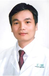 bác sĩ thẩm mỹ Nguyễn Hữu Nam