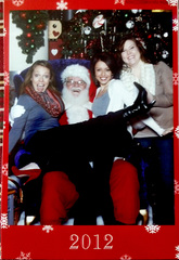 Sisters take annual photo with Santa since 1977