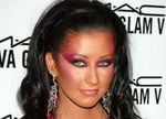 Christina Aguilera shows us how NOT to wear makeup this New Year's