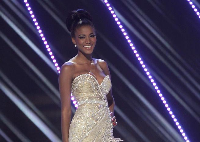 Magnifique dans sa robe de soirée, Miss Angola a subjugué les membres du jury <em>SIPA</em>