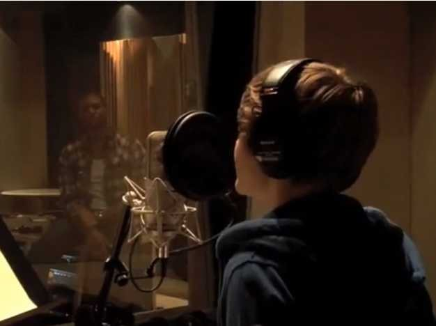 In April 2009, Usher introduced the world to Justin Bieber via a video on YouTube