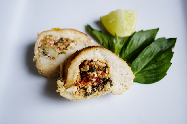 spinach and artichoke stuffed chicken ingredients served
