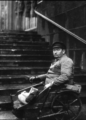 August Sander, Disabled Man, 1926