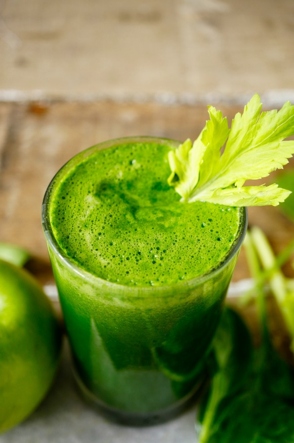 Vitality juice fruit juice recipe made of celery,apple and spinach