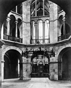 Aachener Stadtgeschichte: Barbarossaleuchter 1938