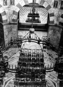 Barbarossa-Leuchter im Aachener Dom - Vorkriegsfoto