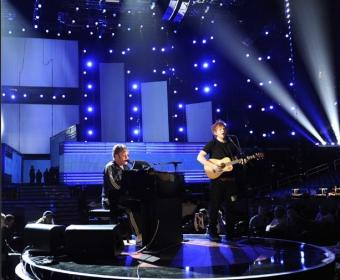 "2013 Grammys: Ed Sheeran and Elton John Pair Up For ""A Team"" Performance (Video)"