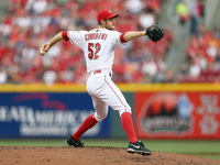 Cingrani struggles again in Reds' loss to Cards
