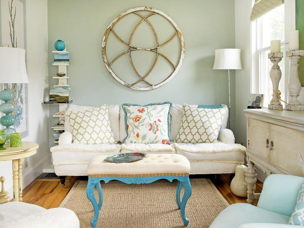CI LPG Lisa Teague blue cottage living room s4x3 lg Are you scared of color?