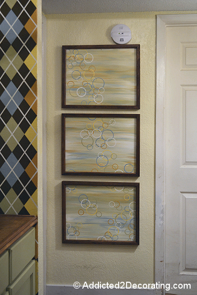 easy modern triptych wall art 01 Great Examples of Easy, Inexpensive DIY Wall Art