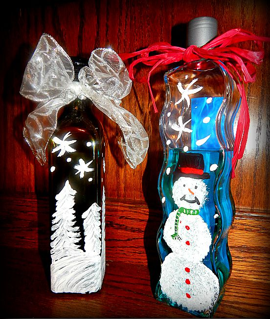 painted bottles2 Painted Bottles for Christmas