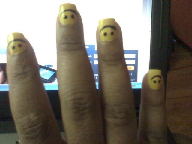 прикольные ногти-смайлики