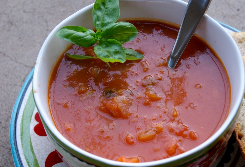 roasted tomato basil soup thesproutingseed.com