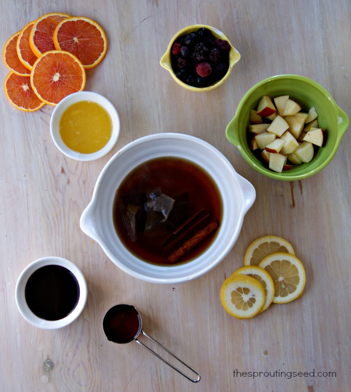 non-alcoholic sangria @thesproutingseed.com #holidaydrink #mocktail