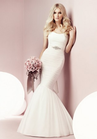 form fitting mermaid wedding dresses1 314x450 | Best Form Fitting Wedding Dresses