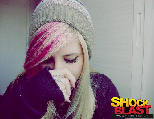 стильная, гламурная короткая прическа для подростка-девушки